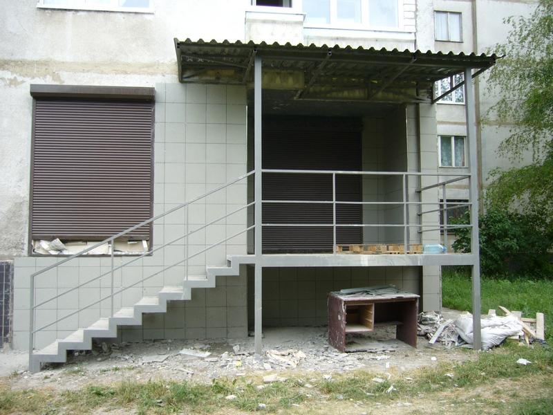 Вход с балкона фото.