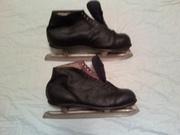мужские кожаные коньки 42р,  непарные бу лыжи разного размера