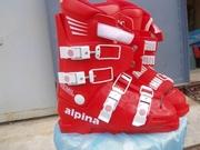 Продам новые горнолыжные ботинки Alpina