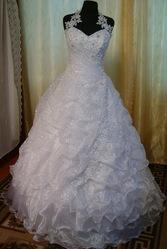 Продам новое  свадебное платье,