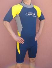 Короткий монокостюм Verus для занятий водными видами спорта