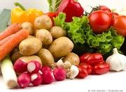 Продам овощи,  фрукты,  картофель,  морковь,  лук,  продукты питания в Харь