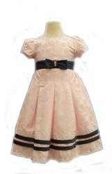 продам нарядные детские платья