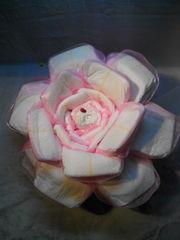 Подарок из памперсов (роза)