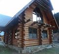 Деревянные дома и банииз дикого сруба