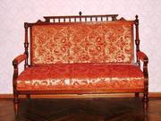 Продам комплект антикварной мебели для гостиной в Харькове.