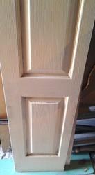 Двухстворчатая дверь деревянная