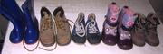 Продам недорого  детские ботинки и сапожки б/у.