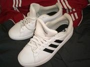Продам кроссовки Adidas Grand Court Base,  идеал,  оригинал 100 %