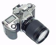 Зеркальная пленочная камера Nikon F65 с объективом AF Nikkor 28-200мм